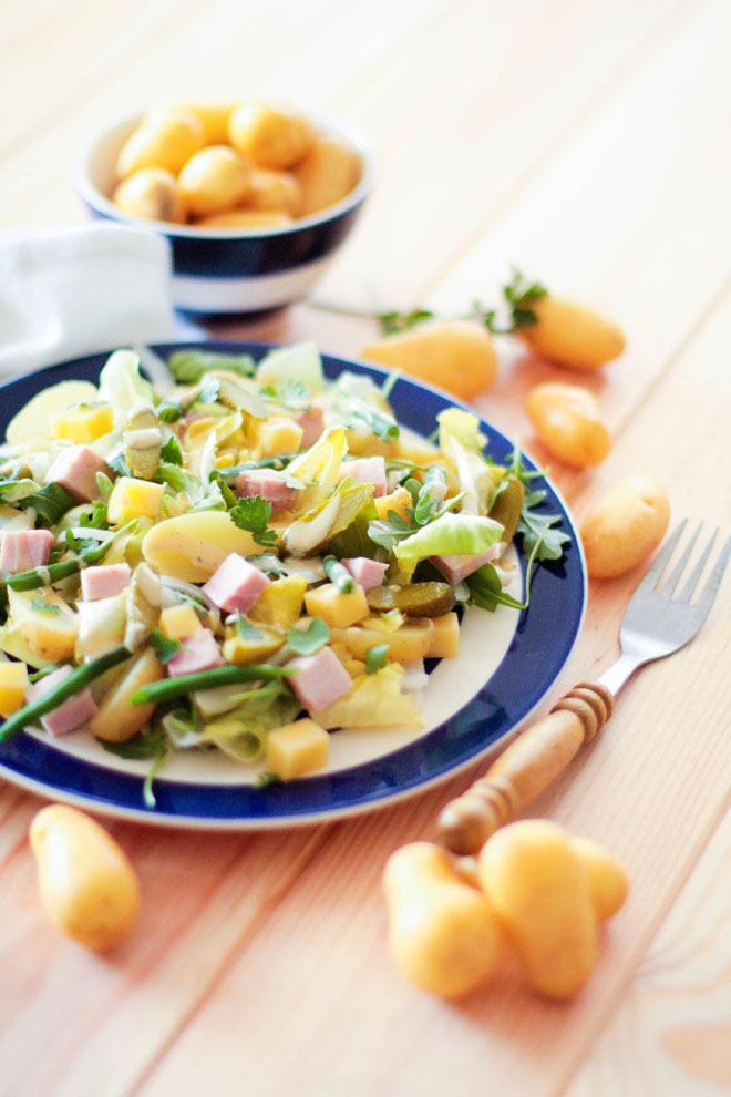 Salade estivale aux pommes de terre DÉLICATESSE® à retrouver sur la nouvelle barquette