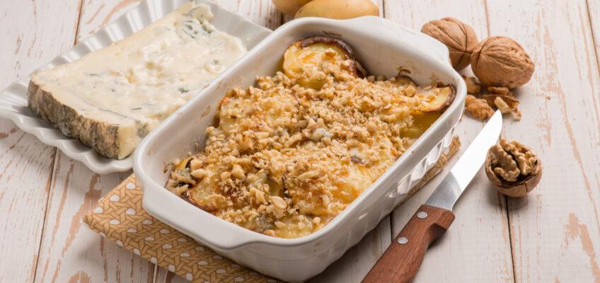 Miam ! Gratin de pommes de terre, noix et gorgonzola